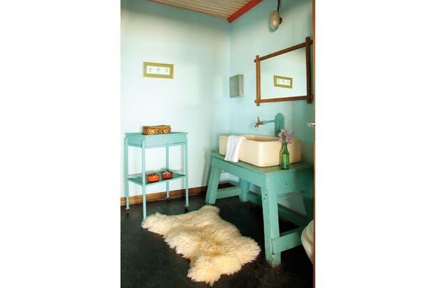 Ideas Para Decorar Baño Antiguo:El color siempre es un aliado para actualizar los ambientes de la casa