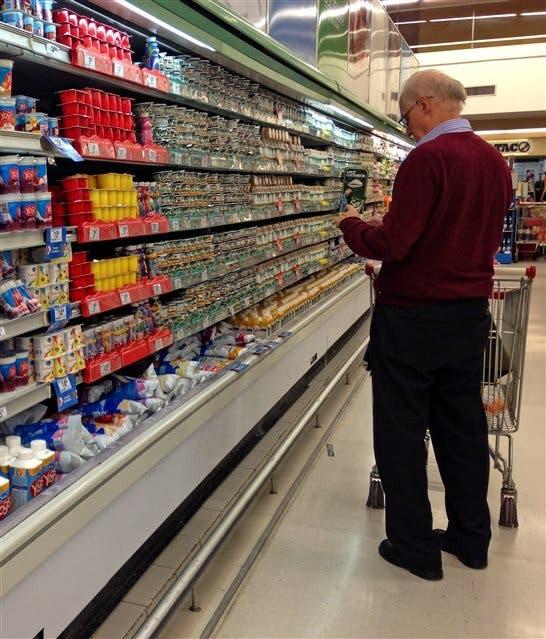 El consumidor analiza la oferta antes de comprar