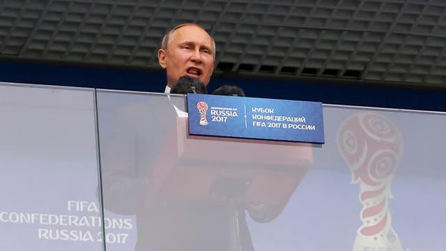 Vladimir Putin declaró inaugurado el torneo