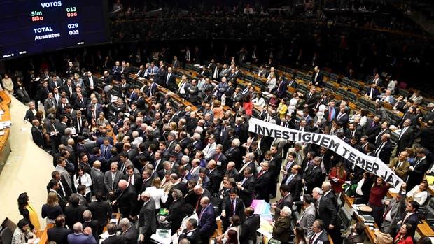 La Cámara de Diputados rechazó la denuncia por corrupción contra Temer