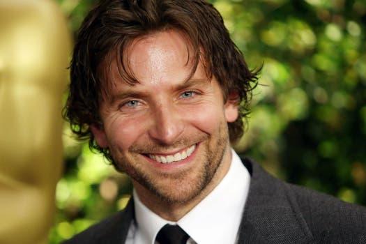 Bradley Cooper, uno de los hombres más atractivos en la ceremonia de los Oscar honoríficos. Foto: AFP