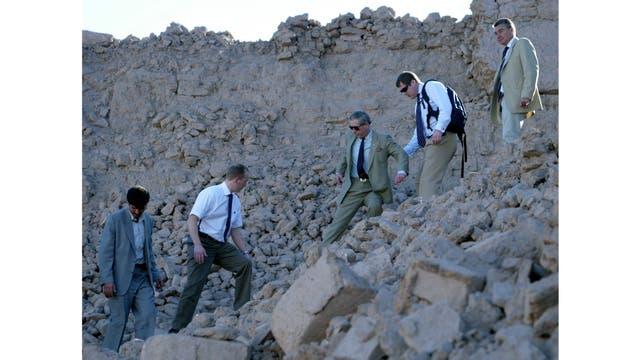 Visitando las ruinas de Arg-e-Bam, en Iran en el 2004