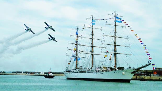 La Fragata Libertad realizan su 45º viaje de instrucción