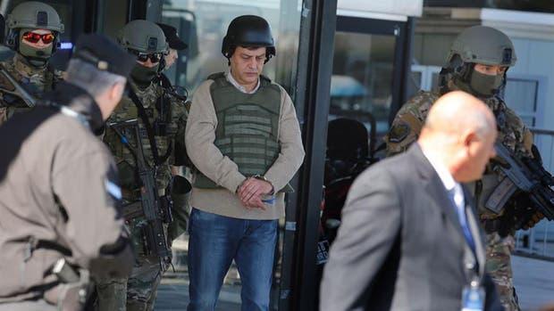 Intimaron a Cristina Kirchner ya su hija a regularizar sus deudas