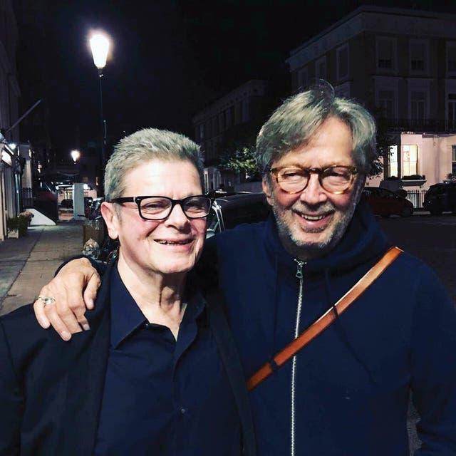 Hoy trabaja en un documental sobre Clapton, convocado por el inglés