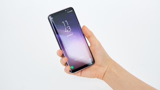 Un Samsung Galaxy S8, resistente al agua