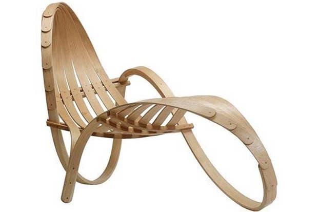 Silla de cintas de madera en curvas. Foto: www.decoratix.com