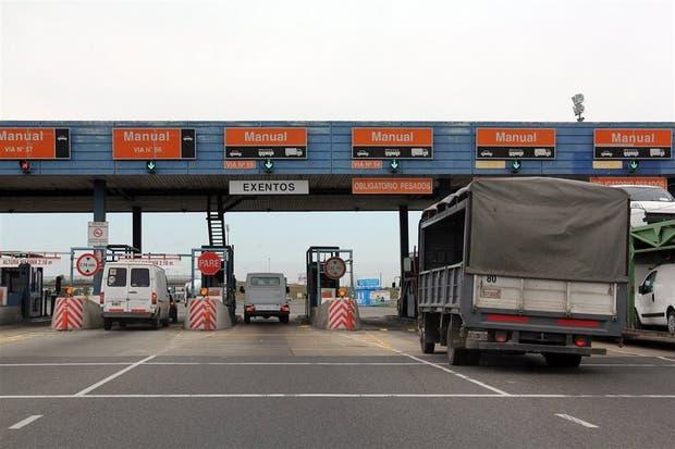 Cabinas de peaje en la autopista a Ezeiza; Cristóbal López tomó la concesión en 2013