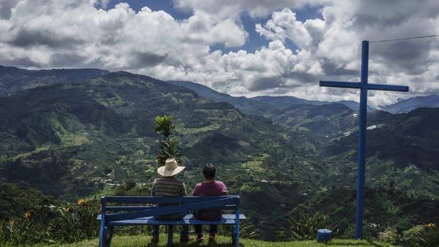 Entre las montañas, las plantaciones de café que hicieron resurgir al pueblo de Jardín