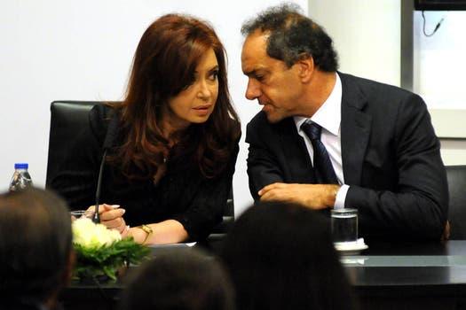 Scioli junto a la presidenta Cristina Kirchner; abril de 2011. Foto: Archivo