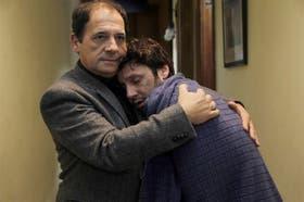 Julio Chávez y Benjamín Vicuña, dos hombres que se atraen en Farsantes