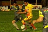 Aldosivi venció a Crucero, que se despidió de Primera con 22 derrotas en 30 partidos