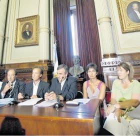 Sanz, Giustiniani, Morales, Estenssoro y Stolbizer, en el Congreso