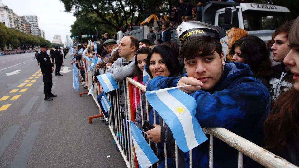 Resultado de imagen para bicentenario de la independencia argentina desfile
