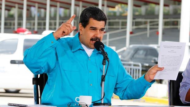 Nicolás Maduro encabezó el festejo bolivariano del centenario de la revolución comunista