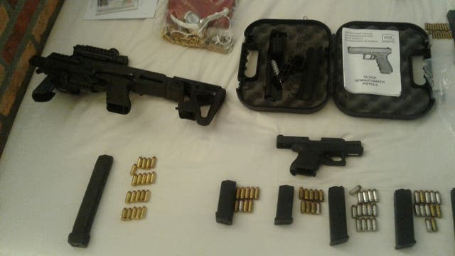 Las armas y las municiones secuestradas de la chacra de Balcedo