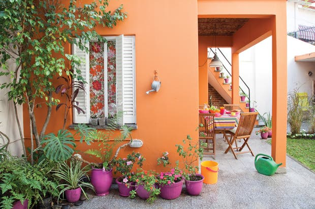 Dos propuestas con ideas para decorar un patio antiguo   living ...