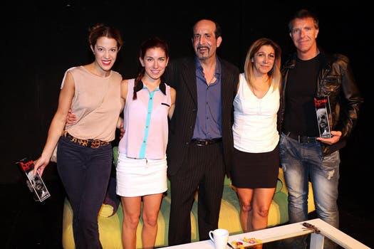 Alejandro Fantino, Alejandro Fiore y Miriam Lanzoni, en el estreno de La última vez. Foto: Virtual Press