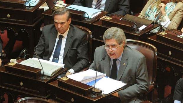 Pichetto y Fuentes, ambos senadores del bloque del FPV que hoy votarán divididos