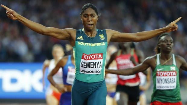 Caster Semenya se impuso en los 800 metros del Mundial de Londres