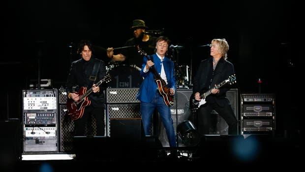 El cantante inglés tocó ante 45 mil personas en Córdoba