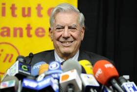 El flamante nobel de literatura dio una conferencia de prensa en el Instituto Cervantes de Nueva York