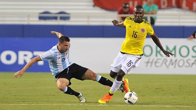 Argentina empató sin goles con Colombia