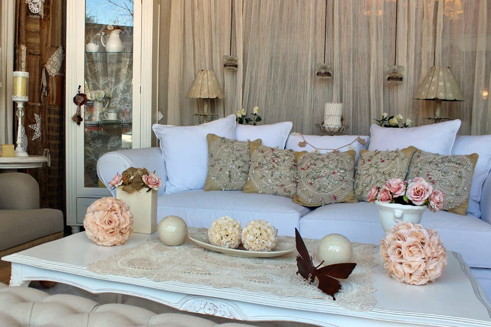 Consejos para un living con estilo romántico