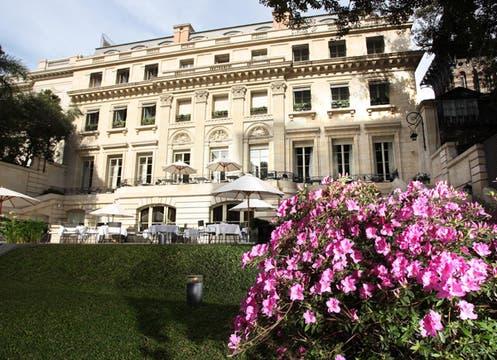 Para compartir una velada romántica en un lugar elegante, Duhau Restaurante &;amp Vinoteca propone una comida en 5 pasos ( $325 por persona, reservas 5171-1340, Av. Alvear 1661). Foto: lanacion.com