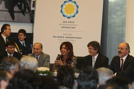 Participaron entre otros, el Ministro Moreno , Nestor Kirchner, el Ministro de Economía Amado Boudou y el Ministro de trabajo Carlos Tomada. Foto: LA NACION / Alfredo Sánchez