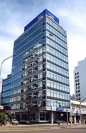 Al edificio existente se le incorporó la imagen corporativa de la empresa