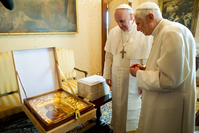 En la última visita, Benedicto XVI y el papa Francisco dialogaron sobre el futuro de la Iglesia.