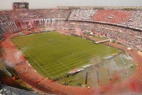 El gobierno porteño clausuró el Monumental para la realización de shows tras comprobarse la venta de alcohol dentro del campo de juego