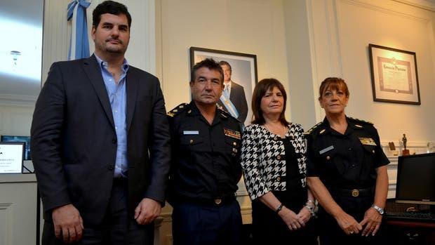 Burzaco, Roncaglia, Bullrich y Franco, ayer en el Ministerio de Seguridad