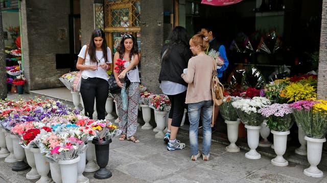 El Paseo de las Flores: un circuito que resiste el paso del tiempo en Almagro. Foto: LA NACION / Ricardo Pristupluk