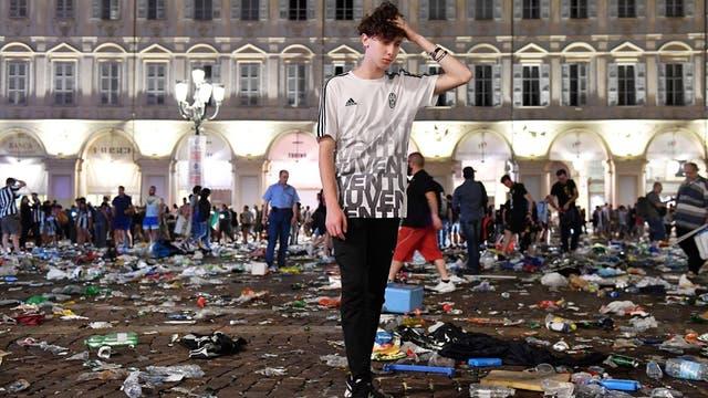 Estampida en Italia: más de 1500 heridos tras una falsa alarma de bomba