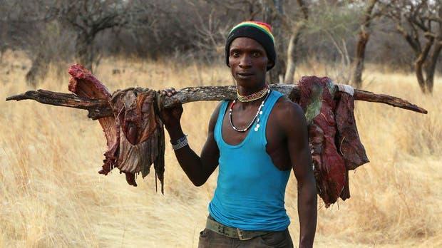 La tribu Hadza es una de las últimas sociedades cazadoras recolectoras que existen en el mundo.