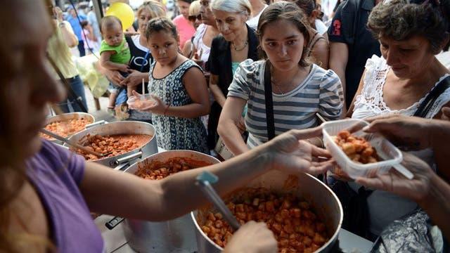 """Los ñoquis son unos de los platos principales en Argentina. Tanto que lo daban en las protestas por los despidos de los supuestos """"ñoquis"""", o empleados públicos fantasma."""