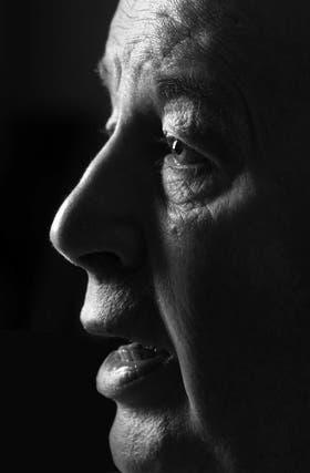 Julio Grondona era hábil, ácido e irónico: hablaba desde sus ojos profundos