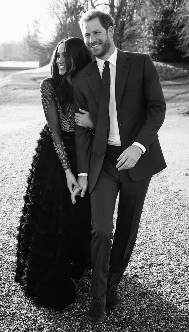Harry y Meghan, en su foto oficial