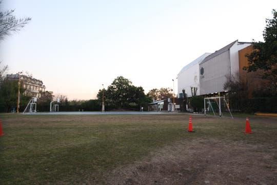 El predio deportivo que está al lado de la Ceamse de Colegiales. Foto: LA NACION / Matías Aimar