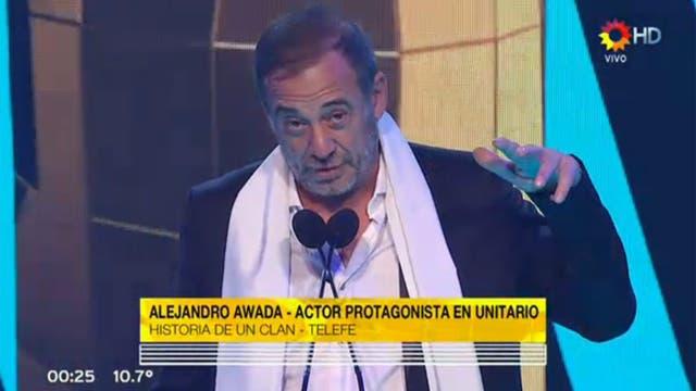 Alejandro Awada, mejor actor protagónico de unitario y/o miniserie por Historia de un clan