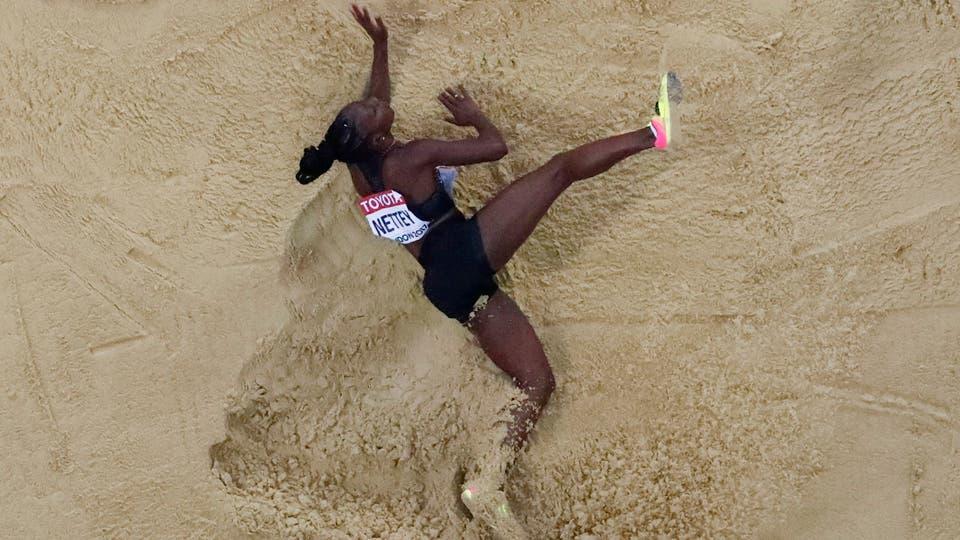 Christabel Nettey de Canada salto en largo. Foto: Reuters