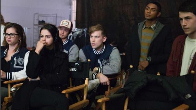 Selena Gomez, supervisando el rodaje desde su rol de productora