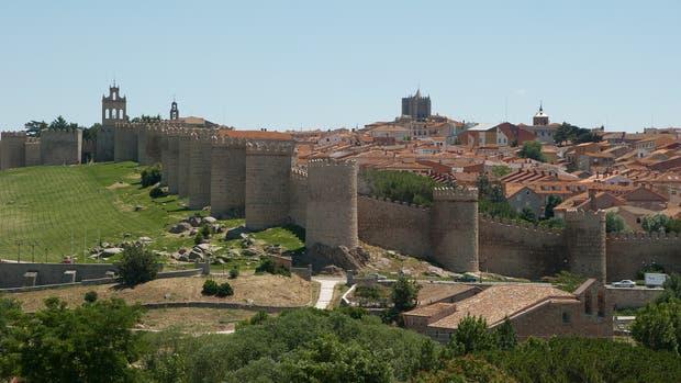 La muralla de Ávila, en Castilla