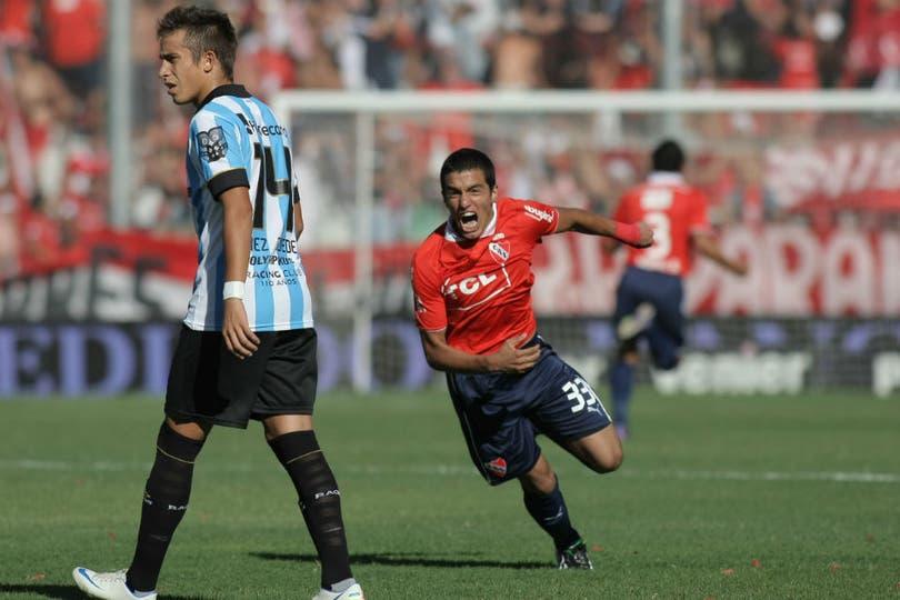Independiente le ganó a Racing 2 a 0 y salió de zona de descenso. Foto: DyN