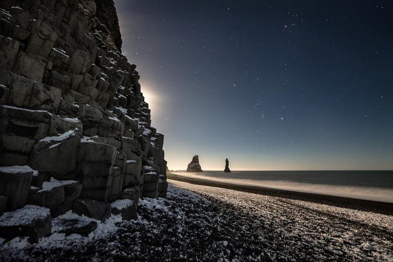 Playa Reynisfjara , Islandia. Foto: National Geographic