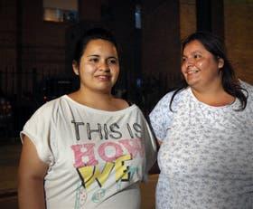 Gisele y su madre, Viviana, estuvieron en el Hospital de Derqui donde está internado Santino, el bebe prematuro
