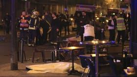 La policía acordona uno de los lugares donde se produjo el atentado