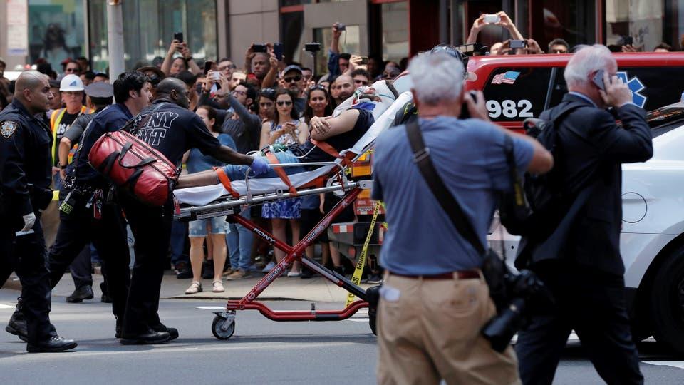 Un auto atropelló a varias personas en Times Square. Foto: Reuters / Lucas Jackson